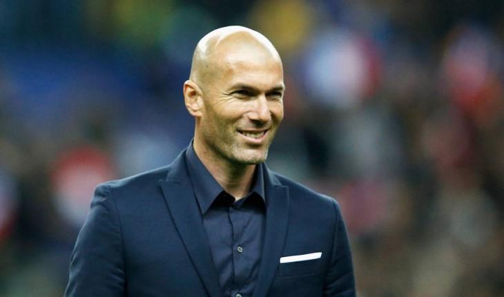 Real Madrid tenta um reforço galáctico para 'acabar' com Messi.